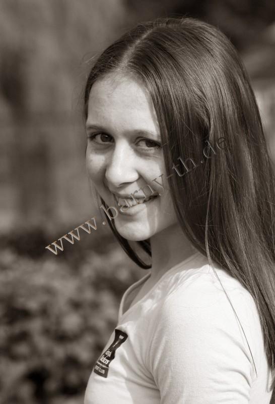 Silvia Miteva - Page 3 MOL_0156